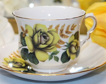 """Queen Anne Bone China Teacup and Saucer Set """"Pattern Number 8291"""""""