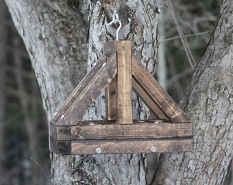 Rustic Bridge Feeder