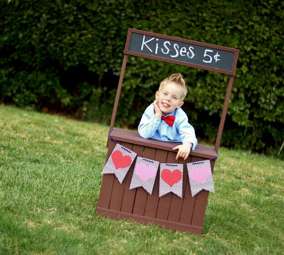 Sale Kissing Booth Photography Prop