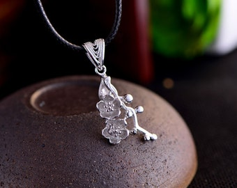Long-Lasting White Gold Plated 925 Silver Bail Connector Sterling Silver Plum Flower Pendant Pinch Bail P045B