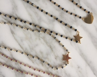 Round-necked rosary with gold star, heart or circle. BASIC COLLECTION