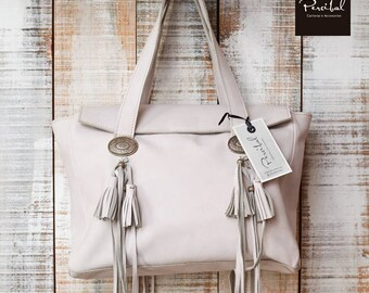 Purse Off white 60th birthday gift Gifts for mom Boho bag Tote bag with pockets Tote with leather key holder Tote bag with zipper