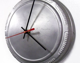 1968 - 1974 Plymouth and Dodge Hubcap Clock - Classic Car Clock - Mopar - 1969 1970 1971 1972 1973 - SALE