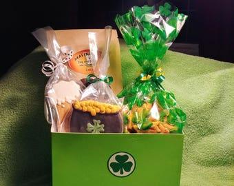 Irish at Heart Dog Basket