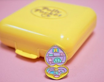 Vintage Pin Club - Retro 1980s 90s Polly Pocket Enamel Pin Badge