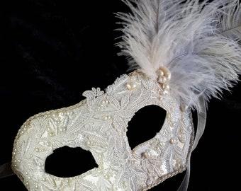 Wedding Pearl Mask