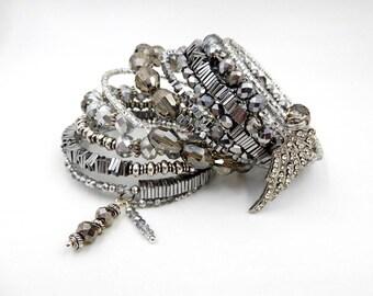 Silver memory wire bracelet, silver wrap bracelet, memory wire bracelet, silver wire bracelet, crystal bracelet, memorial bracelet