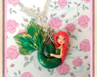 Fimo handmade pendant necklace handmade mermaid little Mermaid ariel necklace Polymer clay mermaid hand charm Doll Girl Chibi