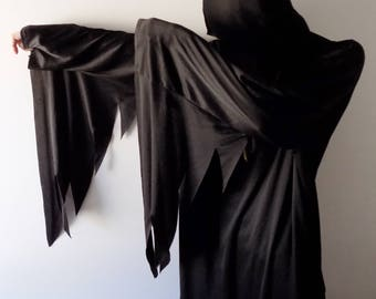 Halloween Costume/Vintage Halloween Costume/Reaper Halloween Costume/Trick or Treat/Halloween/Black Cloak/Halloween Cloak/Long Cloak