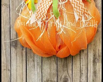 Pumpkin Wreath, Fall Mesh Wreath, Autumn Wreath, Halloween Wreath, Harvest Wreath, Pumpkin Decor, Pumpkin Door Hanger, Wreath for Front Door