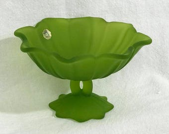 Westmoreland Round  Lotus Compote in  Lime Green Mist