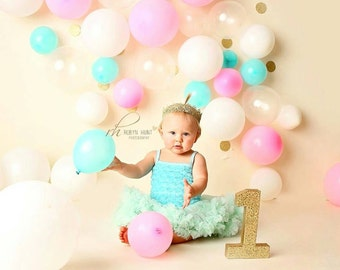 Gold Number 1 - Glitter Number 1 - Gold Glitter Number - First Birthday Party - Gold Birthday Party Decorations - Baby Photo Props - Gold 1