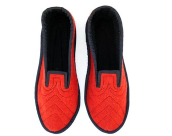 Adult Slippers, Wool Womens Slippers, House Slippers, Soft Sole Shoes, Ladies Slippers, Wool Shoes, Slippers Men, Bedroom Slippers, Shoes 9