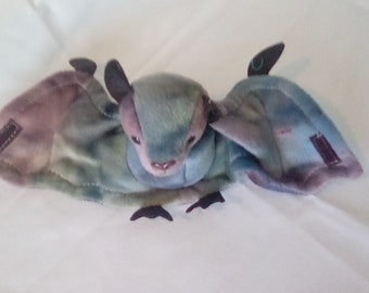 TY Beanie Baby BATTY, a bat