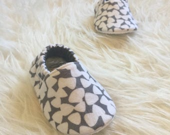 Baby Moccs: Flannel Triangles / Baby Shoes / Baby Moccasins / Childrens Indoor Shoes / Vegan Moccs / Soft Soled Shoes / Montessori Shoes