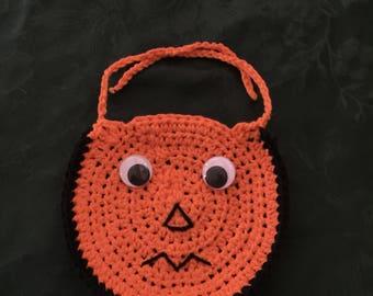Googly-Eyed Halloween Baby Bib