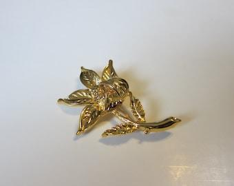 Vintage Flower Gold Tone Brooch