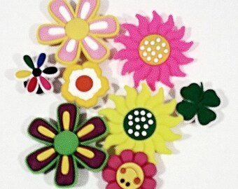16 Flowers Button Shoe Charms for Jibbitz Bracelets Crocs shoes Cake Decorations Party Prizes - 2 Sets FREE SHIPPING!