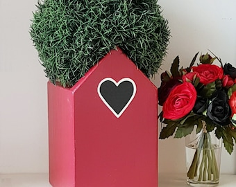 Personalised Planter Love Heart Plant Holder - Valentine's Day Gift - Wedding Gift - Retirement Gift - Gardener Gift - New Home Gift