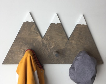 Three Sister Mountain Hook
