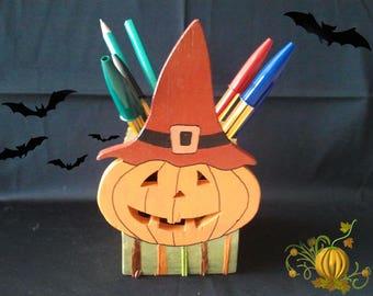 Halloween Pumpkin with raffia and wood pencil holder