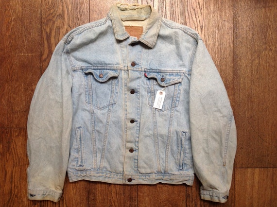 """Vintage 1980s 80s Levis Levi Strauss pale washed out denim type three trucker jacket small e red tab 52"""" chest workwear"""