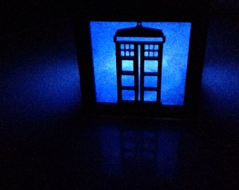 Doctor Who T.A.R.D.I.S. blue light box - 3""