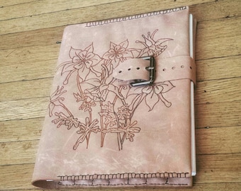 Genuine Leather Artist Sketch pad with Columbine Heat Etching. Refillable blank Notebook with pocket and pencil holders