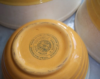Antique Vintage Old Universal Cambridge Oven Proof Mixing Nesting Bowls Set Yellow Cream Ribbed USA Set of Three