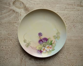 Limoge Purple Flower & Berries Plate