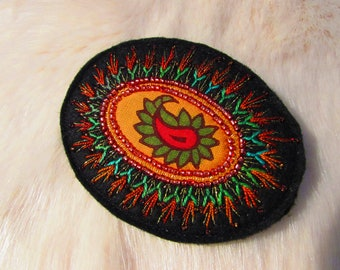 Textile Brooch - Hand Embroidered (Ap18-04)