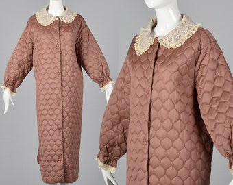 XXL 1960s House Coat Quilted Lace Trim Button Down Long Robe Peter Pan Collar Comfy Silky Taupe Long Sleeves