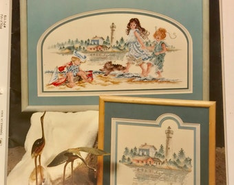 A Day at the Beach Stoney Creek 1988 Cross Stitch 1st Printing Lighthouse