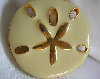 Cream Color Enameled and Gold Tone Sand Dollar Brooch Pin - Unsigned - Vintage