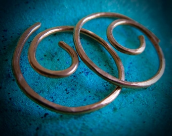 Free Shipping Item. Small Hoop Earrings. MINNIER. Swirls.  hammered surface .18 gauge copper wire