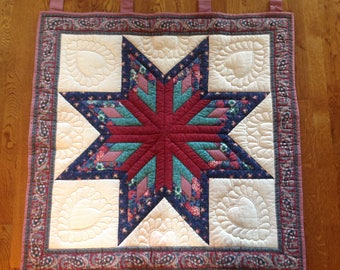 Gorgeous Handquilted Lonestar Amish Quilt/ Wallhanging