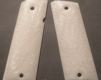 DURAGRIPS - Llama Max-1 - Smooth High Polished Grips - Faux White Pearl