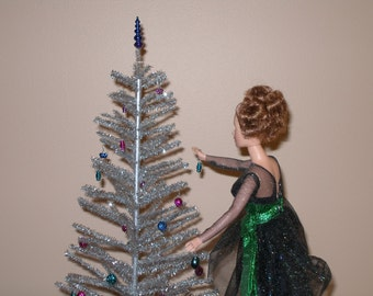 playscale (1/6 or 1/4 scale) silver aluminum Christmas tree
