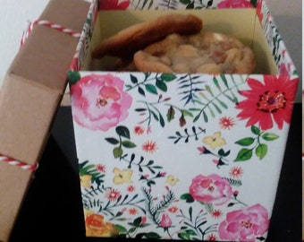 Mother's day cookie boxes
