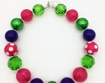 Toddler or Girls Rainbow Chunky Necklace - St Patrick's Day Chunky Necklace - Pink Purple Green Bubblegum Neklace - Rainbow Party Favor