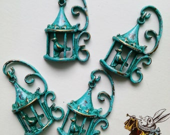 Handpainted Verdigris Patina 3D Bird Cage metal charms (18032) - 33x20x5mm