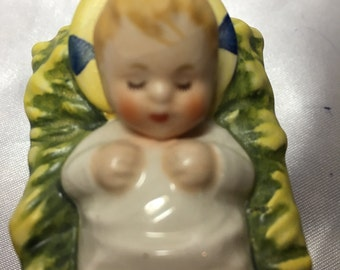 Goebel Baby Jesus Figurine in Cradle; christ child, hummel, nativity, rob 413C, janet robson