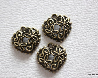 5 x Zinc Alloy Bronze Heart pendants