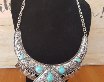 Exquisite large beach Boho style statement necklace