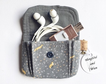 Mini Pouch - little fox pouch - pleated pouch - coin purse - woodland purse  - fox fabric pouch - tech pouch - earbud holder - earbud pouch