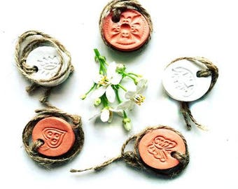 Aromatherapy Clay Pendant Diffuser - JUTE STRAP