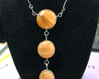 Lovely necklace with orange stones