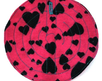 Fabric grounding maze for stimming and self-soothing-BLACK HEARTS