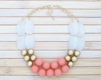 Coral Statement Necklace, Coral Pink Necklace, Statement Bridal Necklace, Coral Beaded Necklace Birthday Gift for Wife, Bridesmaid Gift