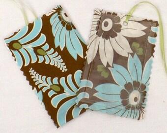 Luggage Tag,  Retro floral, Amy Butler, Aqua, Mocha, laminated fabric, gift tags